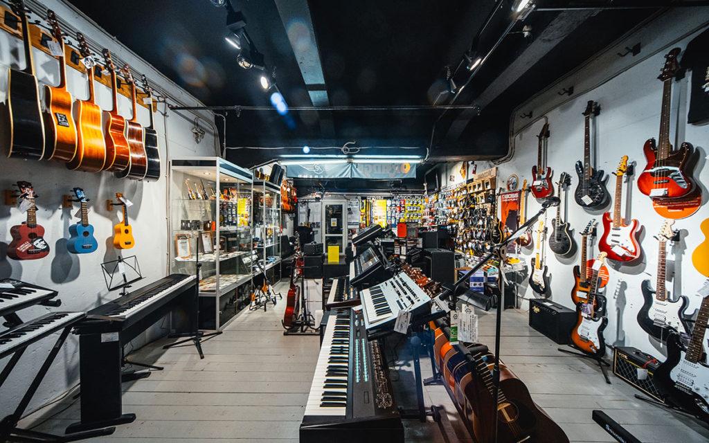Інтернет магазин музичних інструментів ШоуМаркет