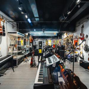 История успеха: Борис Колесников, основатель сети магазинов музыкальных инструментов SKIFMUSIC