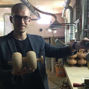 История успеха: Артем Кутянин, основатель компании Древмасс