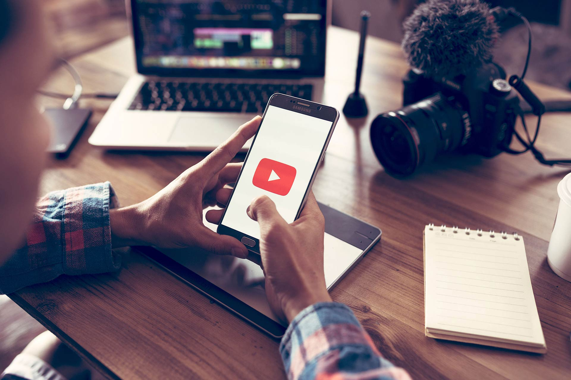 Бесплатный вебинар: Как продвинуть бизнес в Youtube
