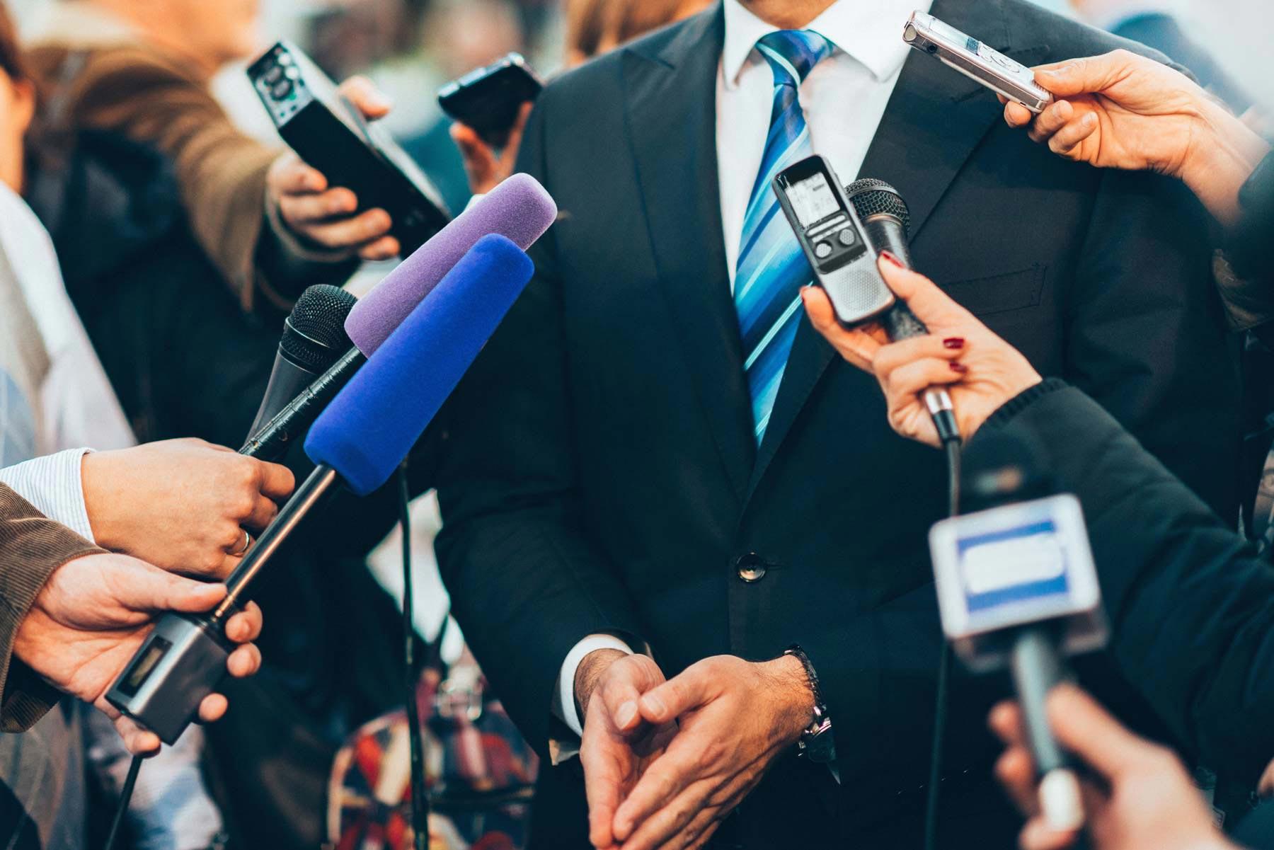 Бесплатный вебинар: 14 шагов к проведению пресс-конференции онлайн
