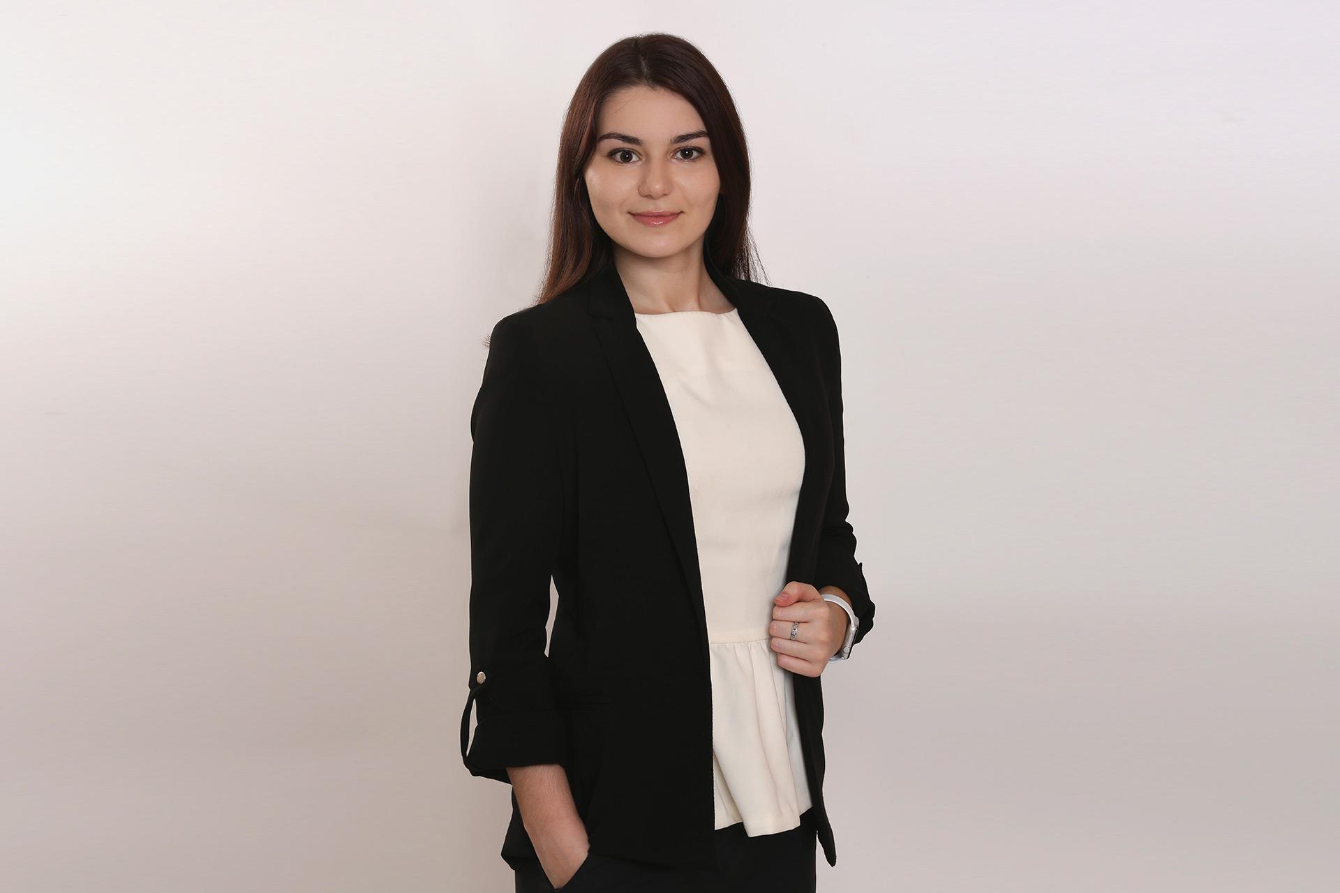 Яна Лозбинева – младший юрист Департамента международного налогового планирования юридической фирмы Клифф