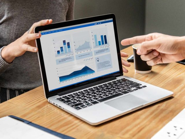 12.08.20г. в 12.00. Вебинар: Внедрение CRM как современная тенденция бизнеса
