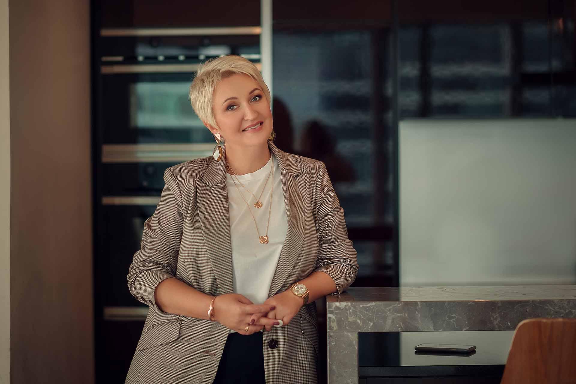 Наталья Татаркина, руководитель частной галереи современной иконы «Создавая наследие»
