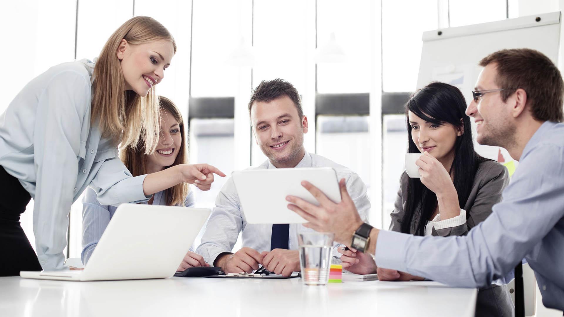 Бесплатный вебинар: Почему вовлеченность - движущая сила управленца?