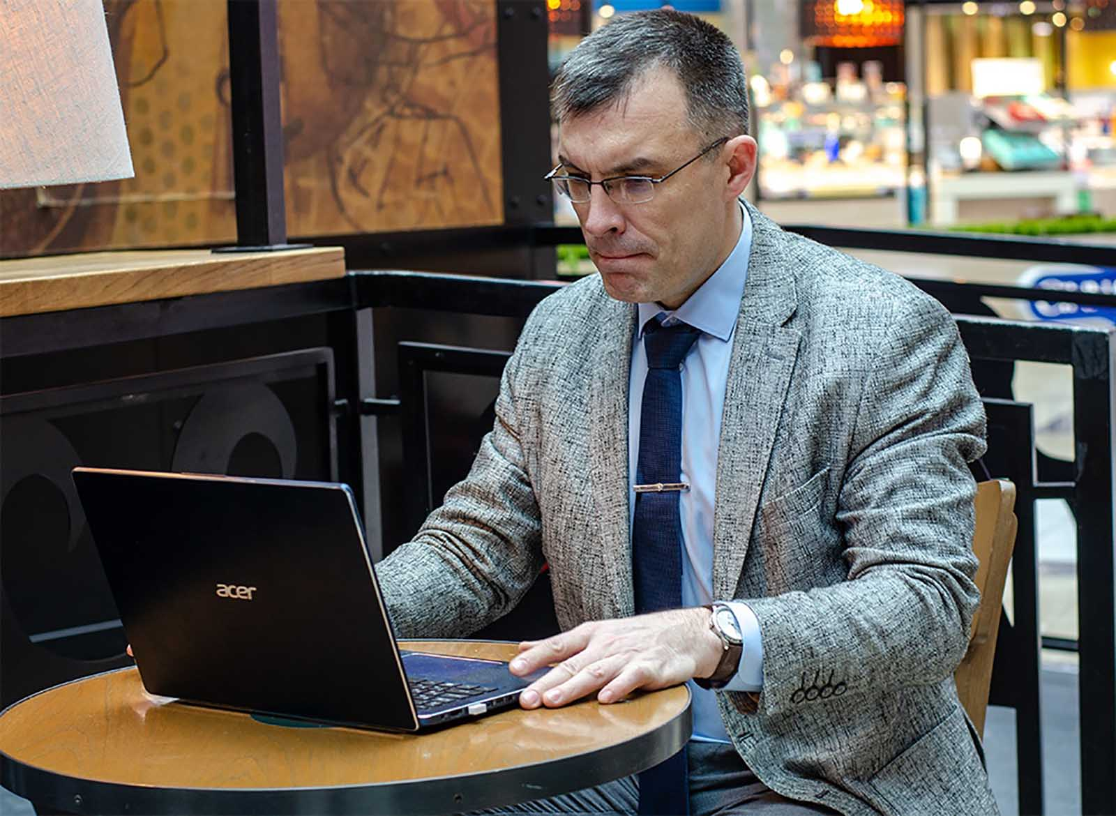 Дмитрий Коткин - эксперт в области ведения переговоров, организационный консультант