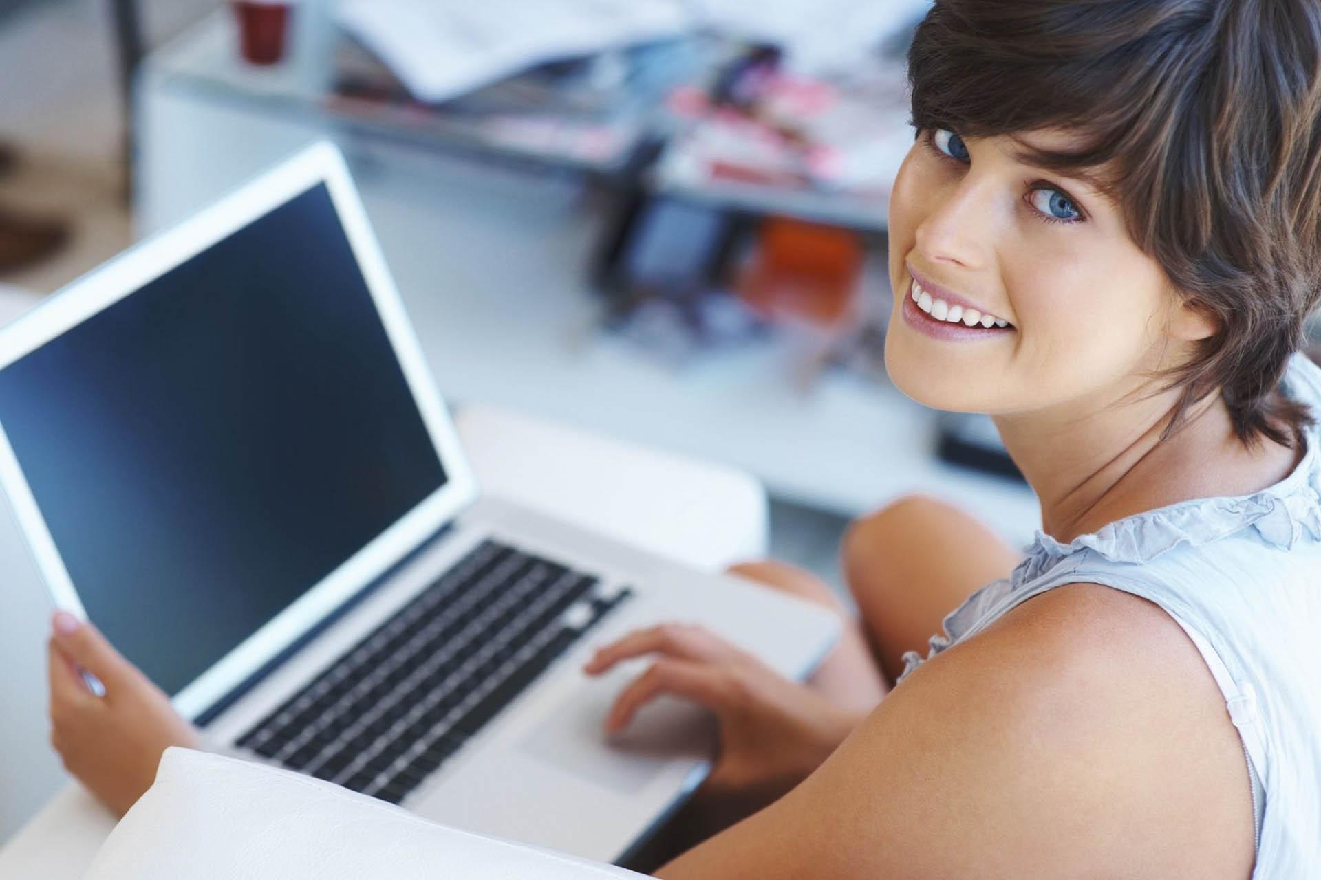 Бесплатный вебинар: О чём писать в соцсетях? 156 идей для бизнес-контента