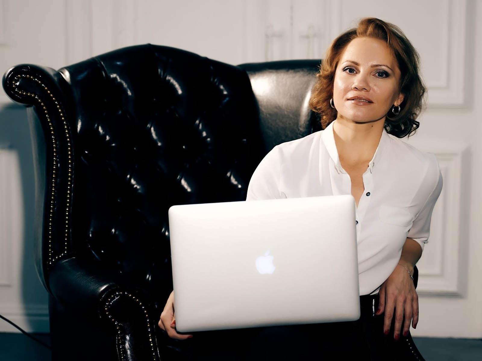 Анастасия Горюшкина - практикующий психолог, феноменолог, коуч