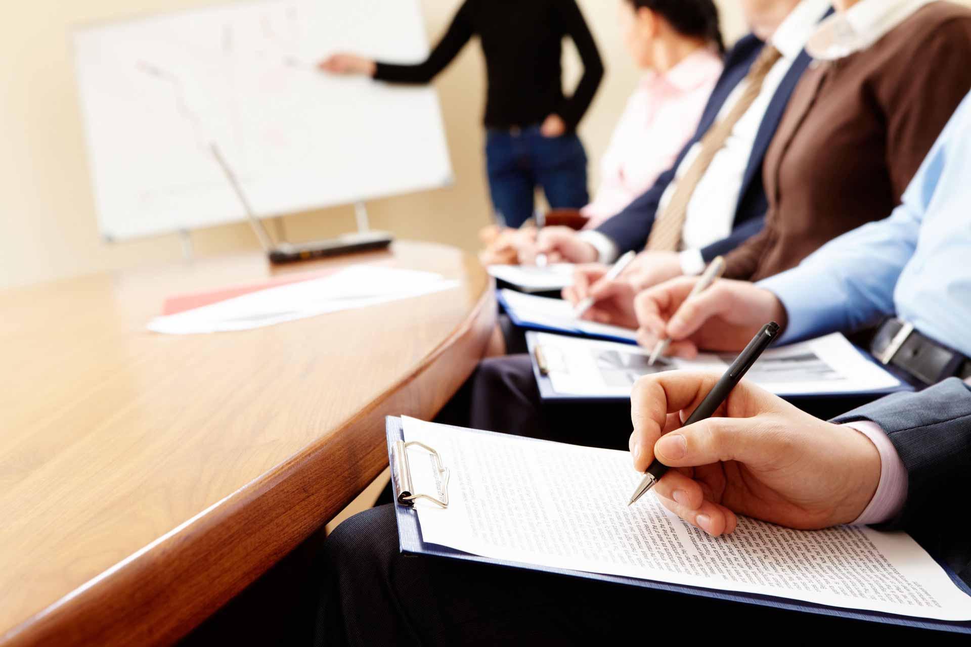 09 июля 2018 года. Вебинар: Как правильно оформить сотрудников в малом бизнесе?