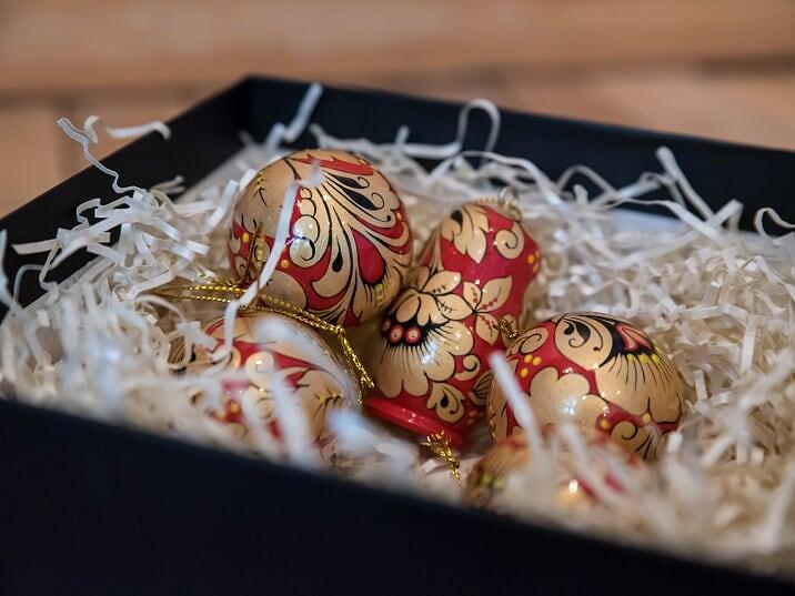 Корпоративный подарок: как деревянный шарик поможет вам заключить выгодный контракт?