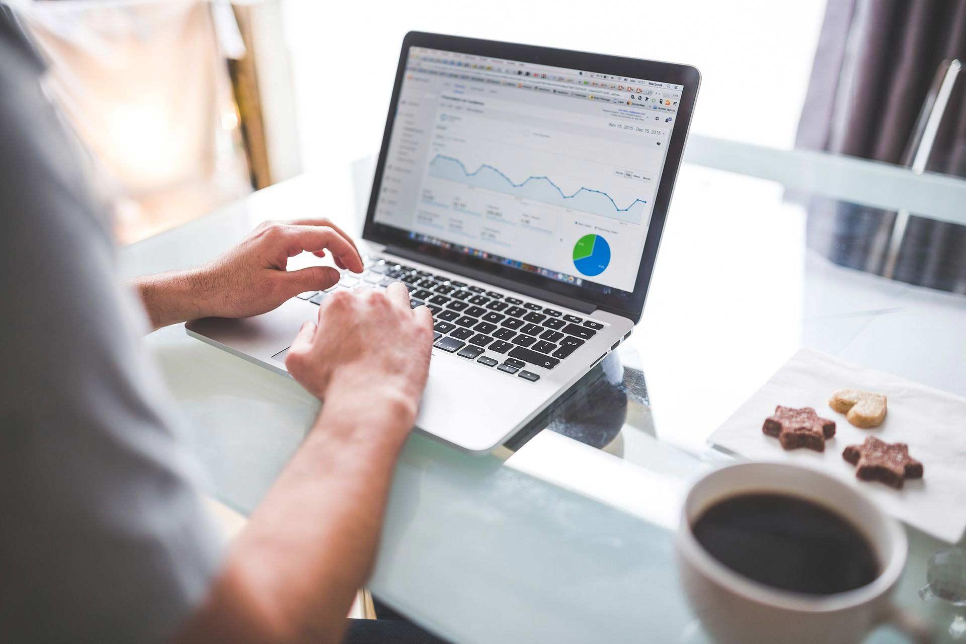 Вебинар: Продвижение в поисковых системах, сбалансированные показатели сайта