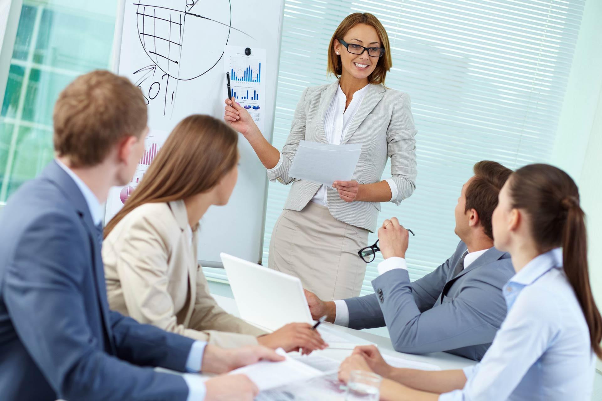 Вебинар: Как экспертам продавать и вести своё индивидуальное обучение на сумму от 360 000 рублей в месяц.