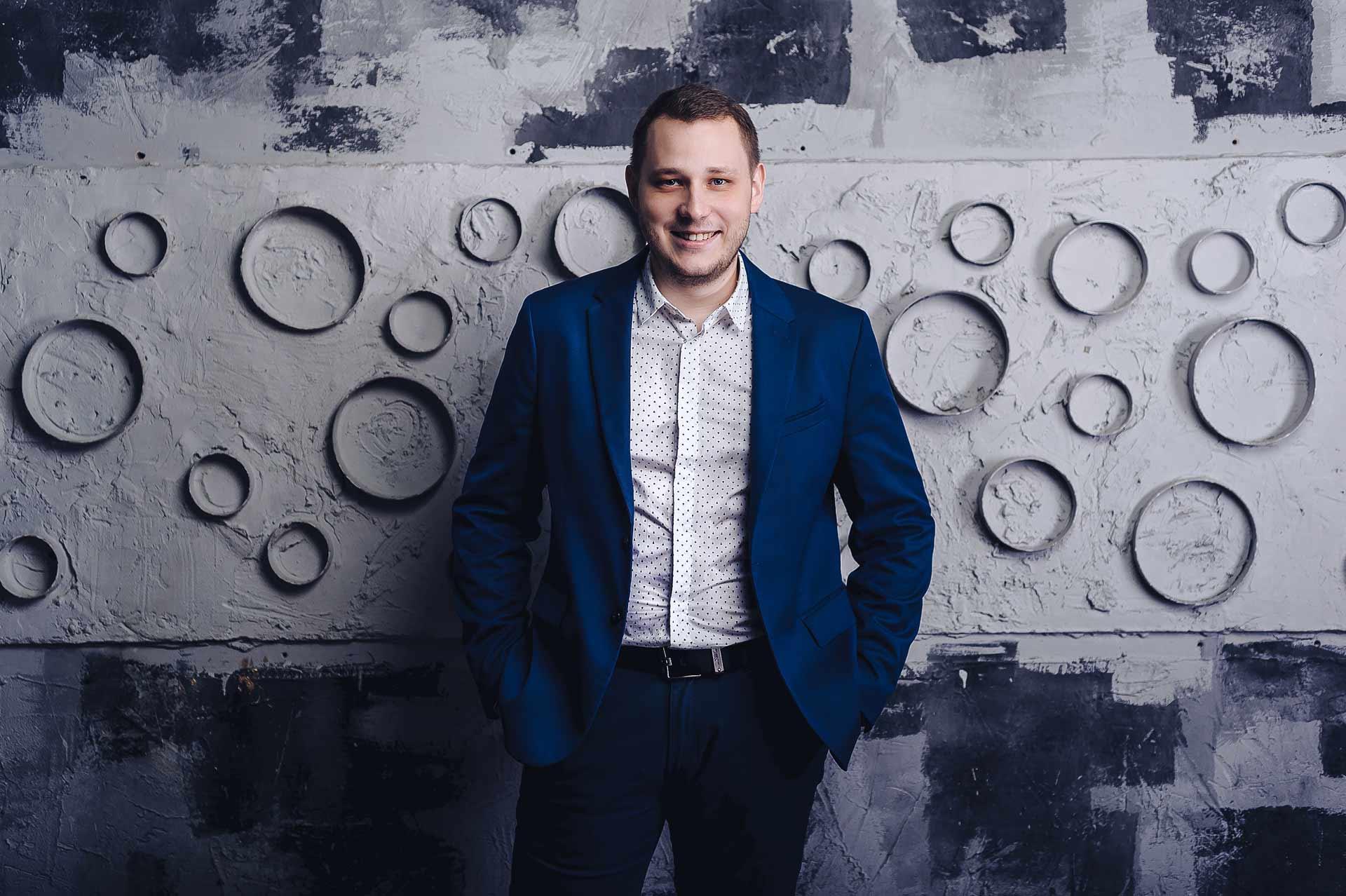Александр Воронков - финансовый эксперт, международный инвестор, управляющий активами на сумму более $ 1 000 000