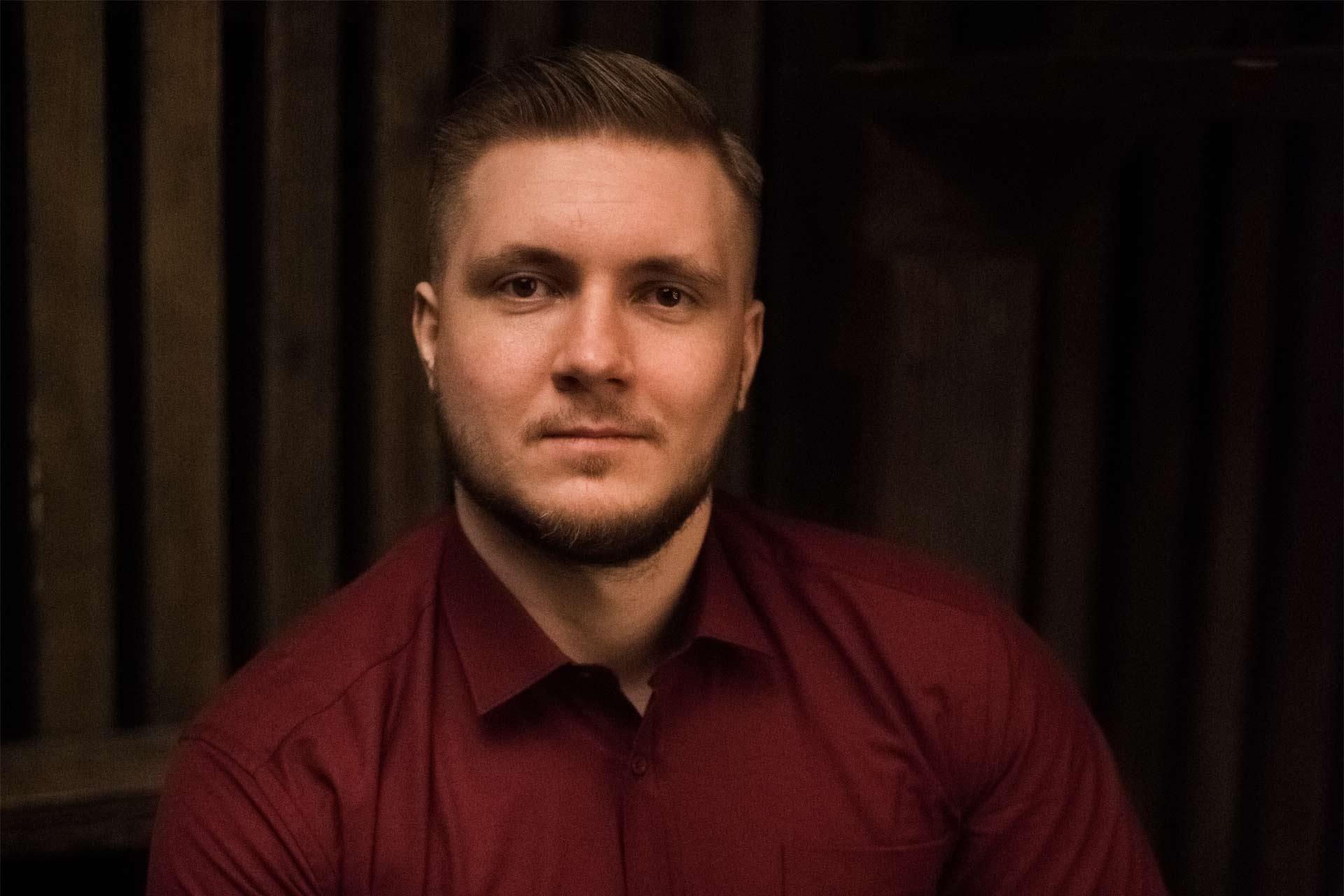 Давид Купцов, ru-eng-билингв