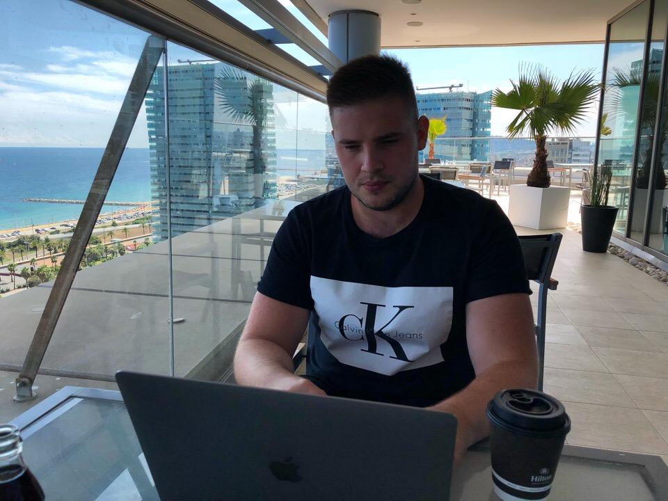 Егор Романов, Amazon-предприниматель, основатель компании Amazing Cash