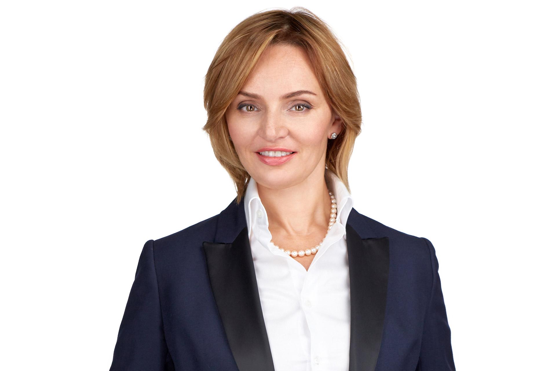 Оксана Деревянко-Гоззи - ведущий международный эксперт по созданию харизмы в деловой коммуникации