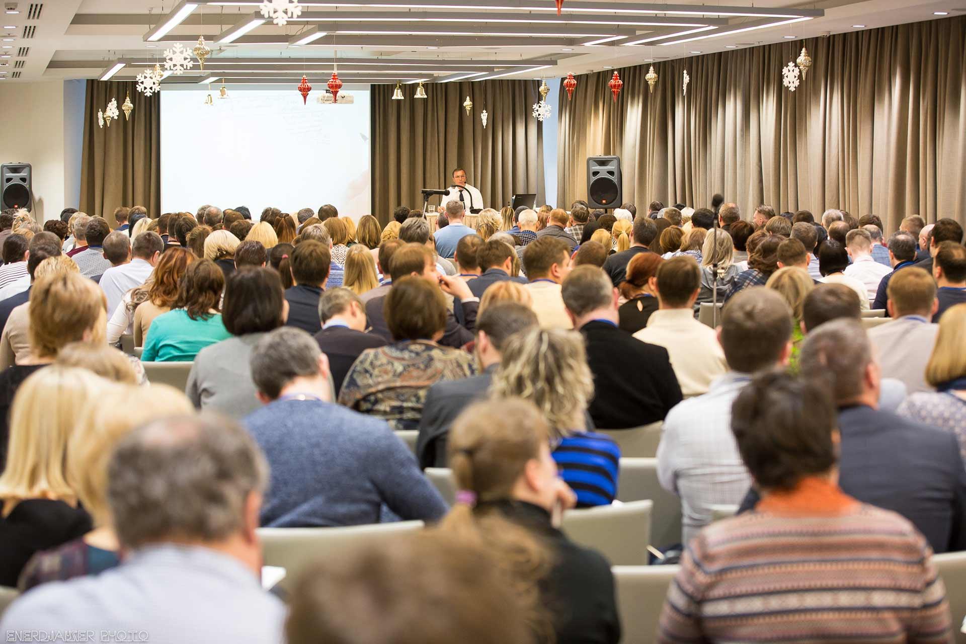 Простые способы заинтересовать аудиторию при публичном выступлении. Разговорите аудиторию.