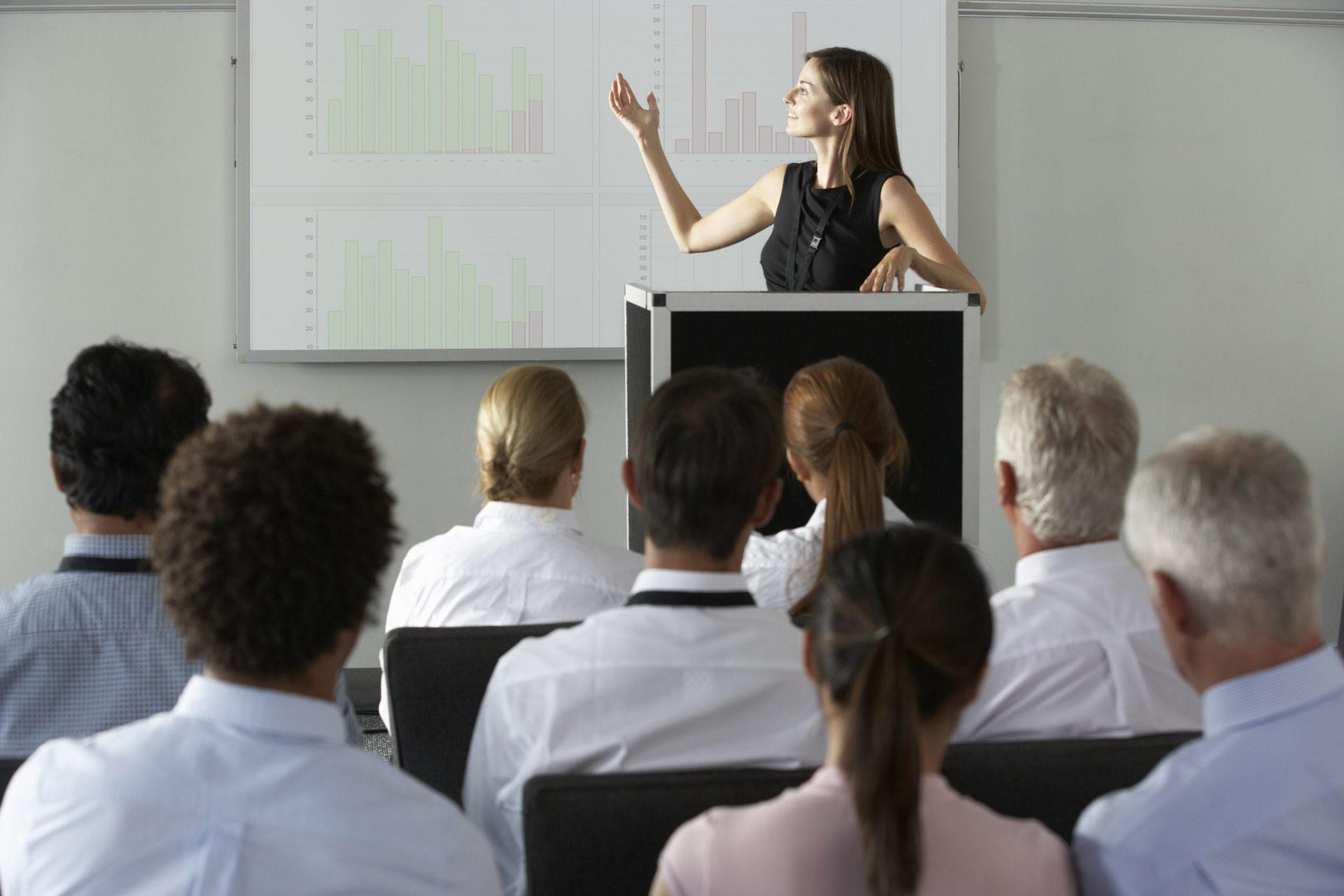 Выступления на конференциях: выгоды для спикеров